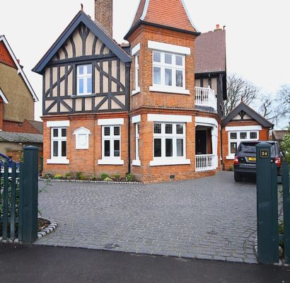 SW19 – Wimbledon – Timber Windows, Bi-fold & French Doors Conservatory